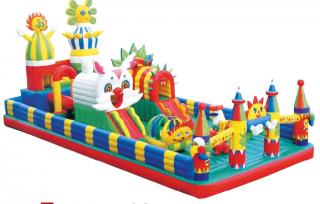 QX-113E   Giant inflatable water slide